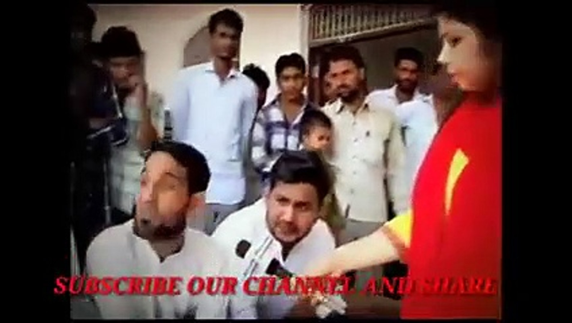 Pakistani And Indian Reporters Funny Moments Completion_Pakistani Funny News Med_low india india ind