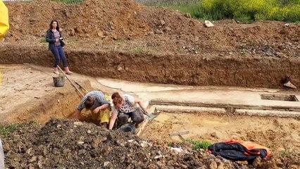 Fouilles archéologiques sur l'ancien radar d'Englesqueville-la-Percée
