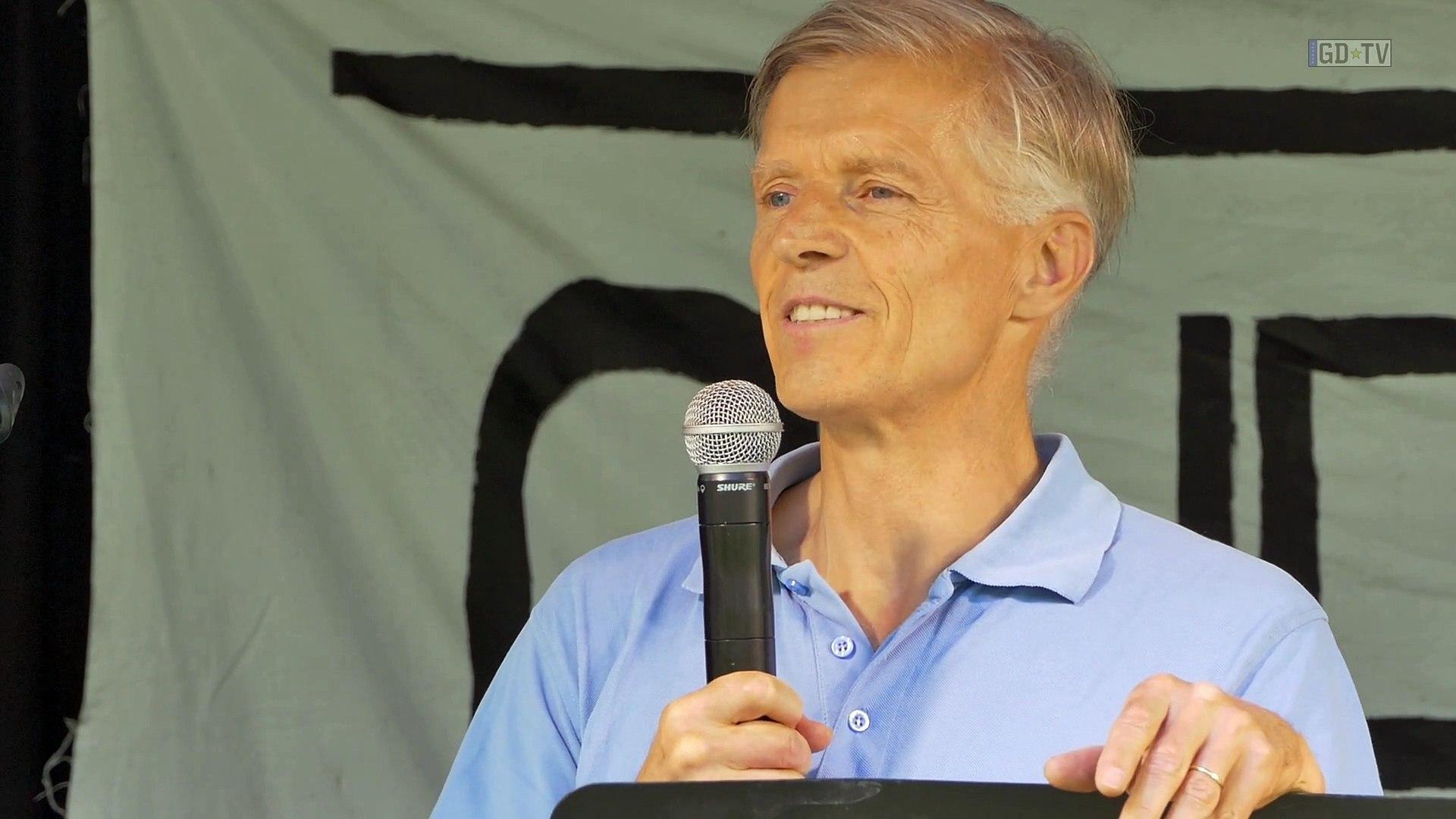 Wer profitiert vom Lockdown? Rede von Prof. Dr. Christian Kreiß auf der Corona-Demo vom 13.6.2020 in