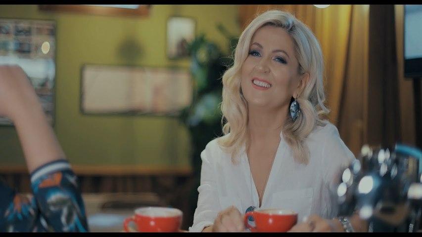 Merita Bunjaku - Me Prishtinali  (Official Video - 2020)