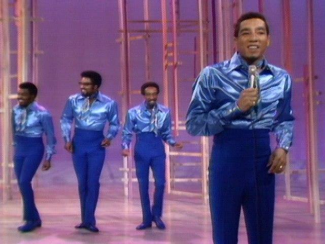 Smokey Robinson & The Miracles - Doggone Right