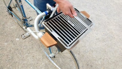 Easy BBQ Attaches To Your Handlebars