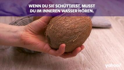 So öffnest du eine Kokosnuss – und was du sonst noch wissen musst