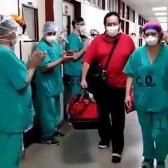 El momento en que recibió el alta un paciente de la Unidad Covid del Hospital Perrando