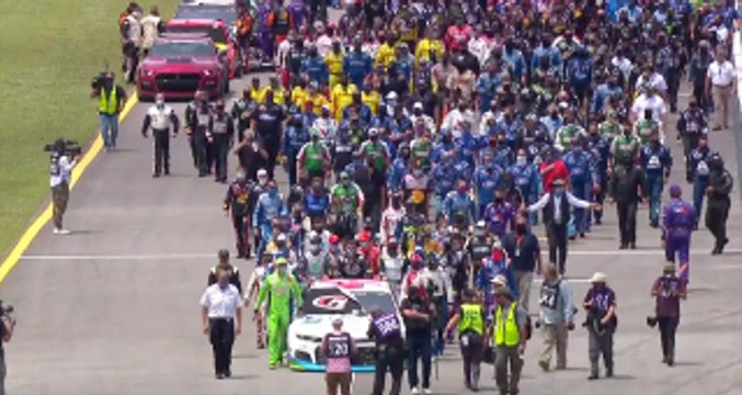 NASCAR unites around Bubba Wallace at Talladega Superspeedway