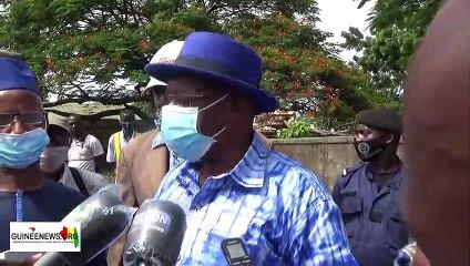 Opérations de curage à Conakry : les jeunes de Hafia 1 bénéficient d'un appui du ministère de la Ville