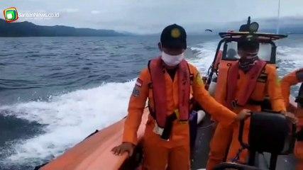 Tim Sar Terus Melakukan Pencarian Korban Tenggelam KM Puspita Jaya