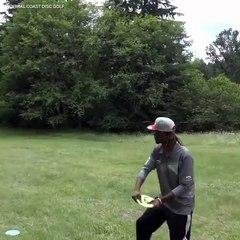 Un superbe ace au disc golf
