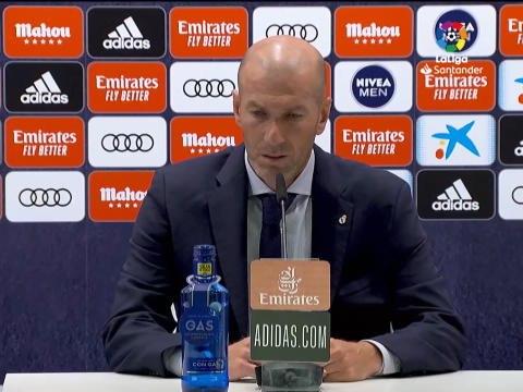 "31e j. : Zidane - ""Sergio Ramos doit prendre sa retraite ici"""