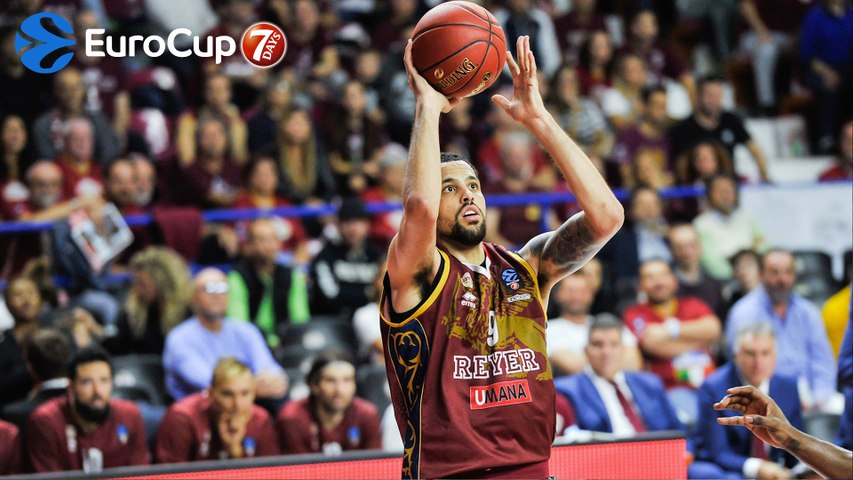 Signings: Reyer keeps Daye for two more years