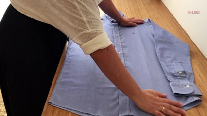 Cómo doblar una camisa