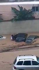 Voici comment un jeune guinéen a sauvé deux femmes bloquées dans une voiture à Abidjan