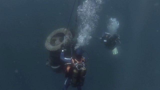 La brigade nautique des Issambres au secours des fonds marins