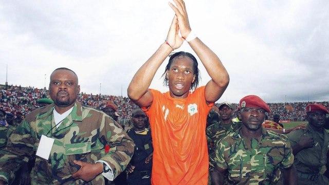 4 fois où le football a (prétendument) arrêté des guerres | Oh My Goal