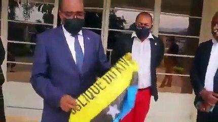 """Theo Kasi:Aucune """"République du Kivu"""" au Sud-Kivu."""