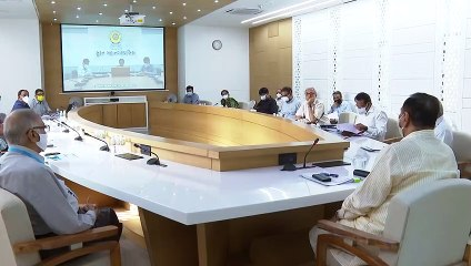 VIJAY RUPANI MEETING WITH EXPERT DOCTORS ON COVID-19 AND VICE CHANCELLOR