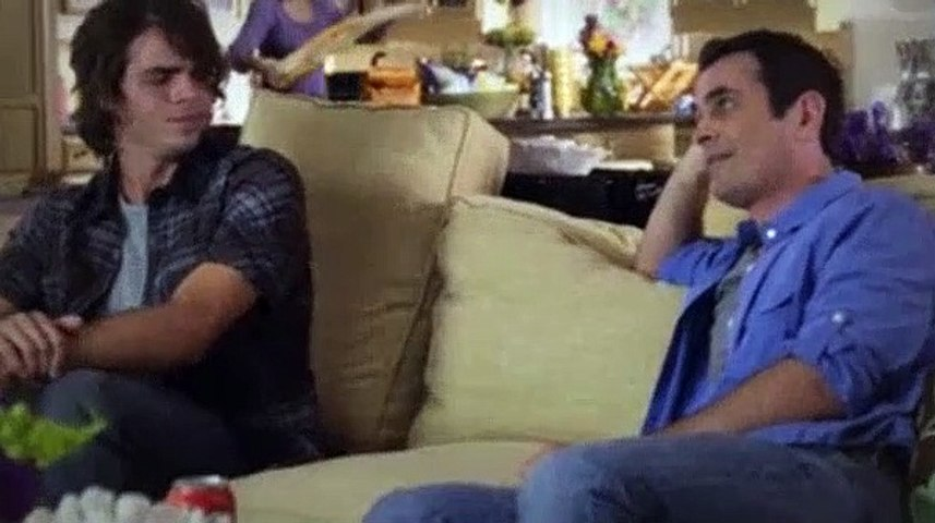 Modern Family S01e03 Come Fly With Me Video Dailymotion