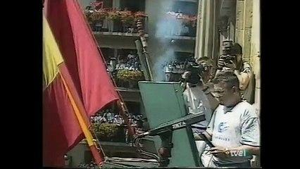 San Fermín 1995 - José Javier Echeverría (IU) lanza el Chupinazo de los Sanfermines
