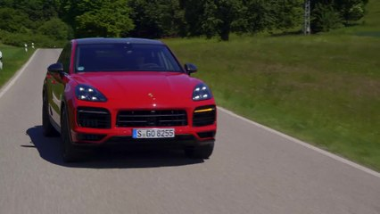 Porsche Cayenne GTS Coupé in Carmine Red Driving Video