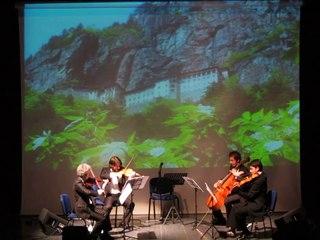Anadolu Quartet - Karadeniz Potbori (Dersim Konseri 2013)