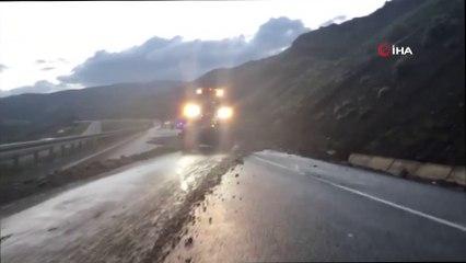 Erzincan'da Sağanak Heyelana Neden Oldu