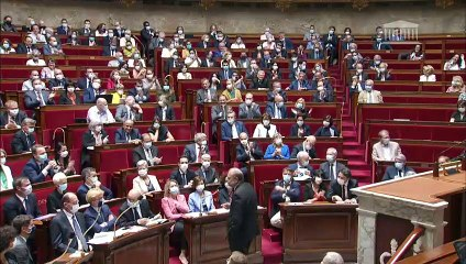 Le nouveau Ministre de la Justice Eric Dupond-Moretti chahuté à l'Assemblée Nationale