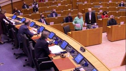 Merkel respon a la intervenció de Puigdemont i altres eurodiputats