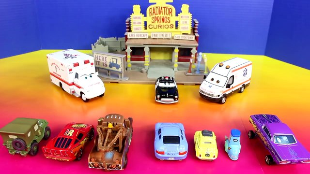 Disney Pixar Cars Emergency Paramedic Car Lightning McQueen Mater Save Radiator Springs Cars