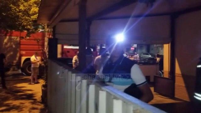 Top News - Vatra zjarri në Durrës/ Nuk ka të lënduar, dëme materiale