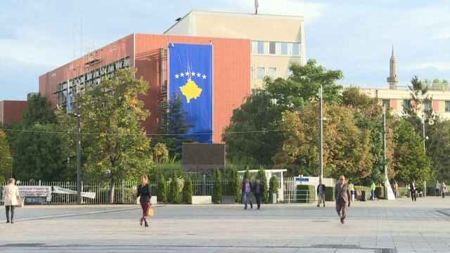 Top News - Kosovë/ Isa Mustafa infektohet me Covid-19