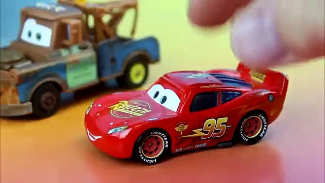 Rescue Squad Mater & Rescue Squad McQueen fight Radiator Springs on Fire & Woody