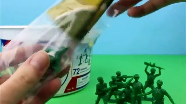 Toy Story Bucket O Soldiers Sarge Saves the Soldiers!