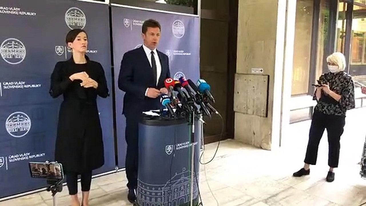 ZÁZNAM: Brífing ministra dopravy Andreja Doležala