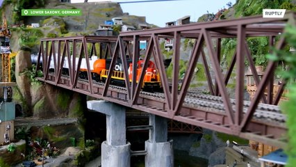В Германии построили гигантскую модель железной дороги