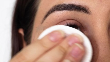 How to Remove Stubborn Waterproof Mascara Without Losing Eyelashes