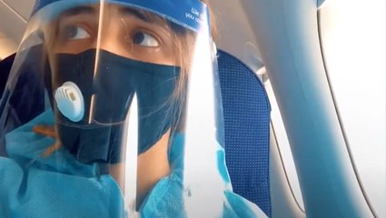 Daughter Flies Home To Surprise Her Mom During The Pandemic