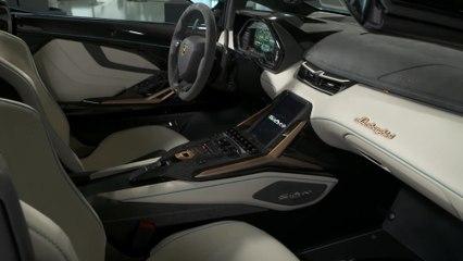 La Lamborghini Sián Roadster - L'interno