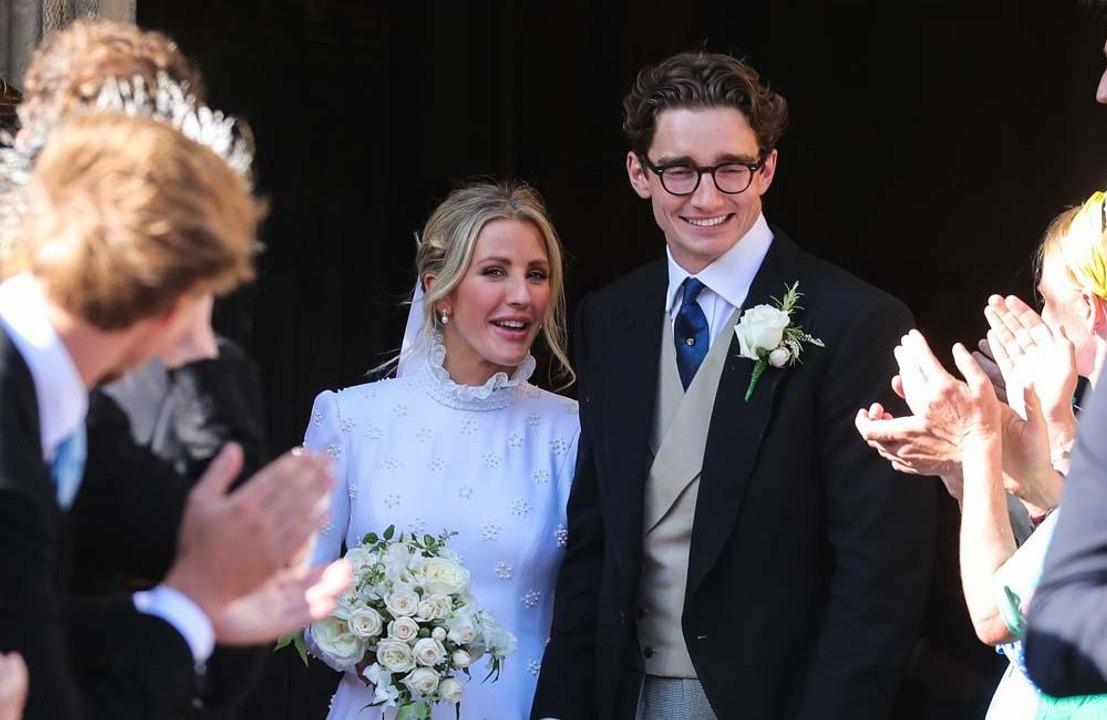 Ellie Goulding gosta de viver longe do marido - Vídeo Dailymotion