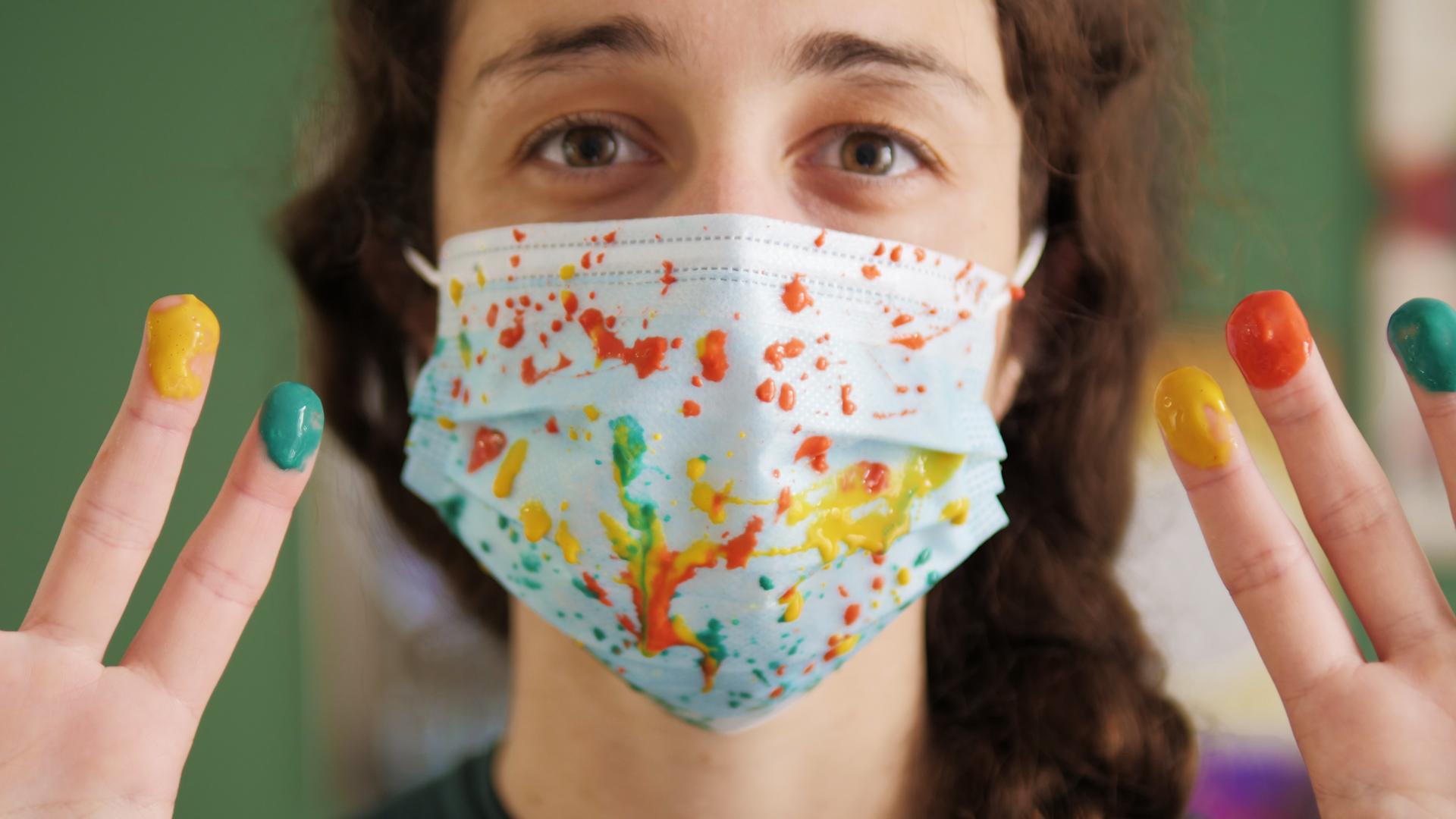 Vous portez mal votre masque : on vous montre les risques !