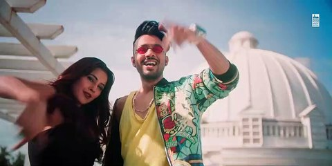 KURTA PAJAMA - Tony Kakkar ft. Shehnaaz Gill - Latest Punjabi Song 2020