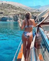 Οικονομάκου: Οι διακοπές, η βόλτα με το σκάφος και η απίστευτη σιλουέτα της