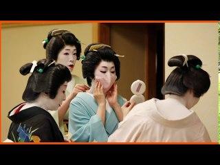 Japanese geisha struggle to operate