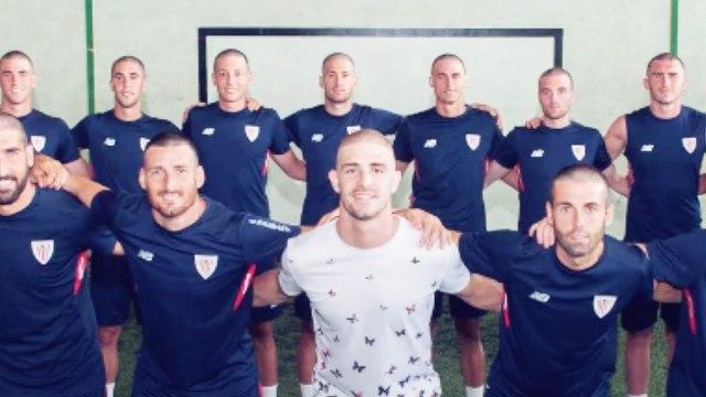 5 gestes émouvants des stars du foot pour soutenir la lutte contre le cancer | Oh My Goal
