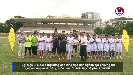 Liên đoàn bóng đá Việt Nam trao tặng trang thiết bị tập luyện cho CLB Thái Nguyên T&T | VFF Channel
