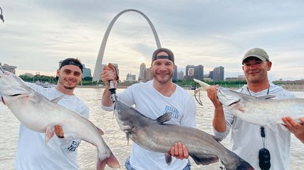 Barstool Outdoors S2 Episode 5: Mississippi Mudcats Under The Arch Feat. Cam Janssen