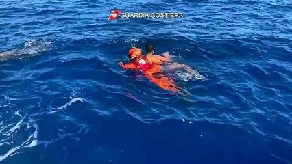 Migranti: 17 persone soccorse al largo di Lampedusa
