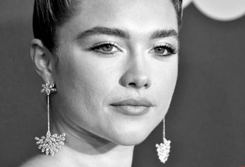 Florence Pugh Just Reminded Everyone Those Black-and-White Posts Should Be Protesting Viol