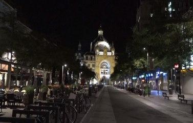 """Première nuit de """"couvre-feu"""" à Anvers."""