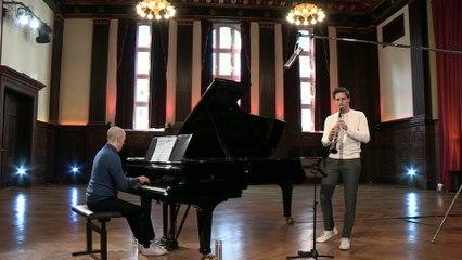 "Andreas Ottensamer - Mendelssohn: Lieder ohne Worte, Op. 62: No. 6 Allegretto grazioso ""Spring Song"" (Arr. Ottensamer for Clarinet and Piano)"