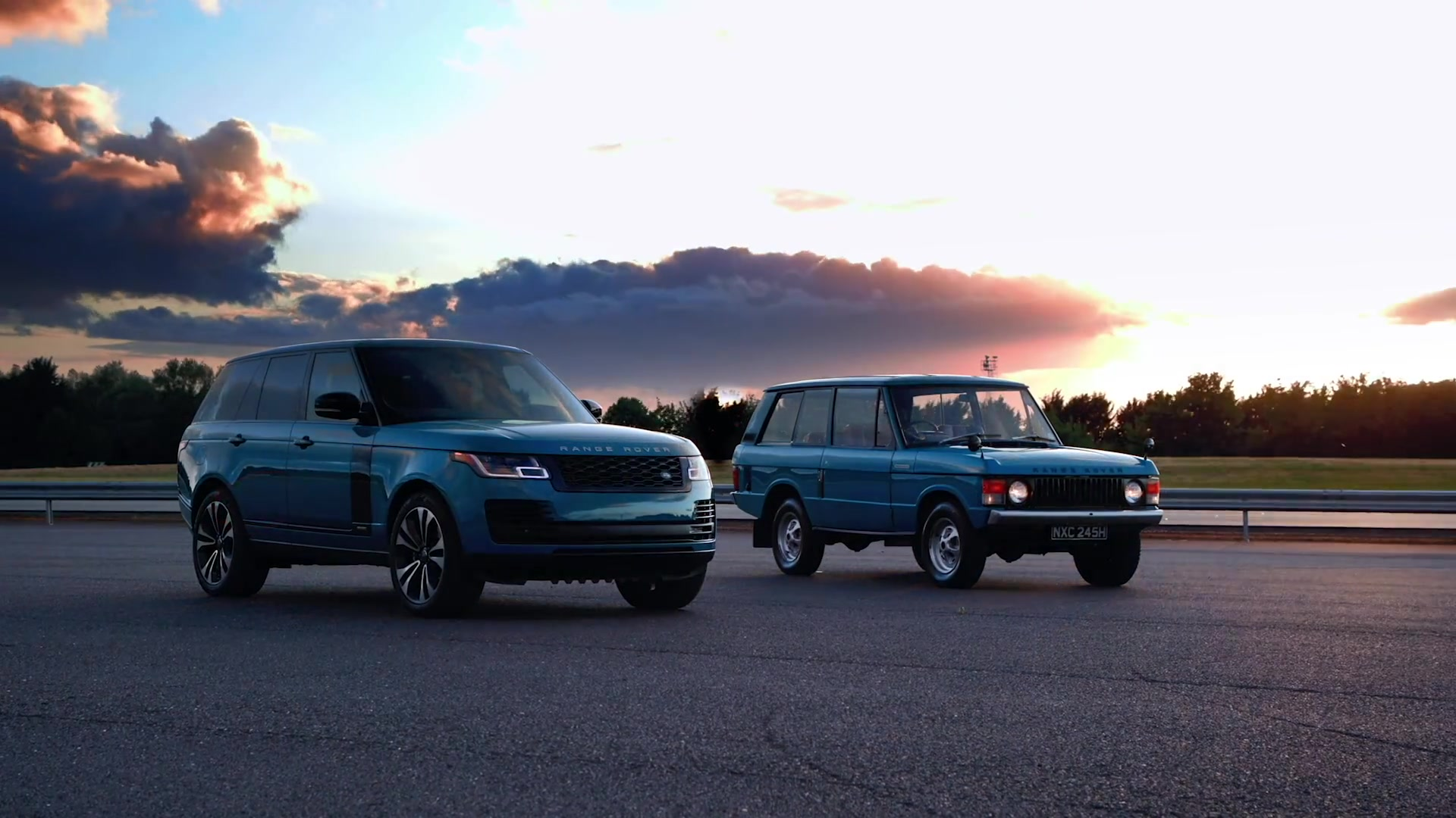 Range Rover Fifty Limited Edition and classic Range Rover Design